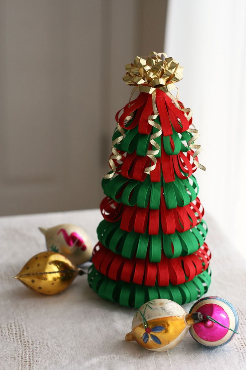 this is a fun christmas decorating project that requires some red and green ribbon and a little time you will also need pins and some floral foam