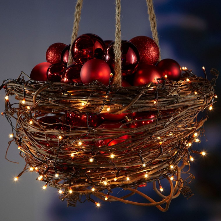 save money by creating your own outdoor christmas decorations page