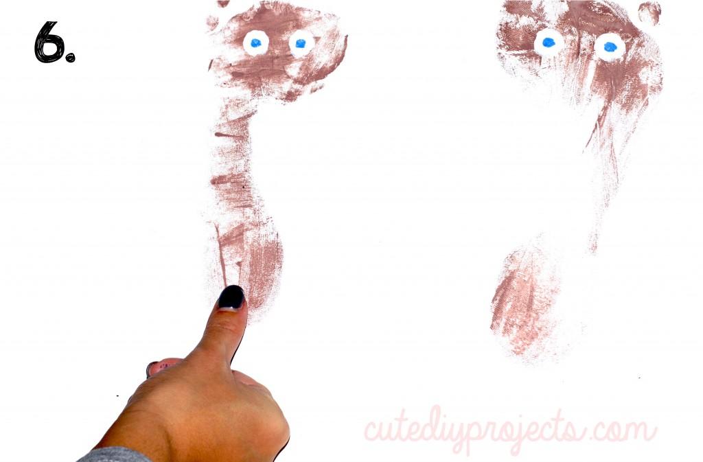 06 Creative Reindeer Footprint Craft
