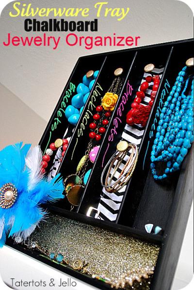 Cool Chalkboard Jewelry Organizer
