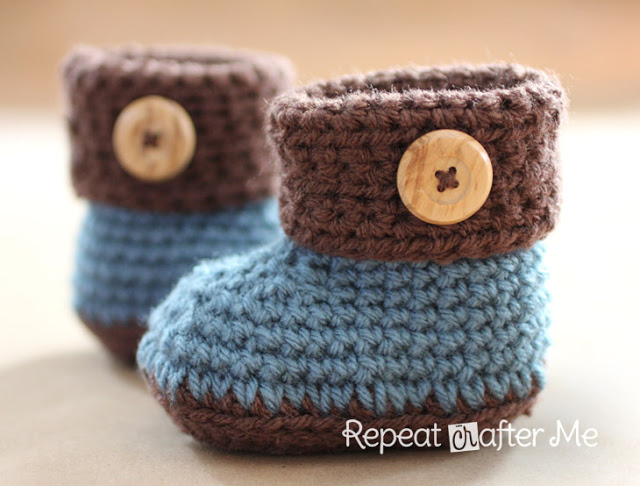 Crochet Cuffed Baby Booties