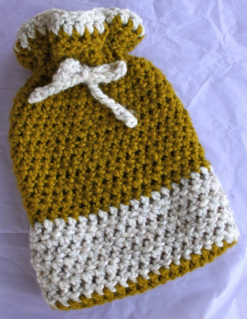 Free Knitting Pattern For Small Hot Water Bottle Cover : How to Knit - 45 Free and Easy Knitting Patterns   Cute DIY Projects
