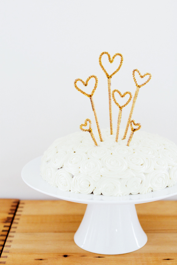 Cakes With Stars On Wire