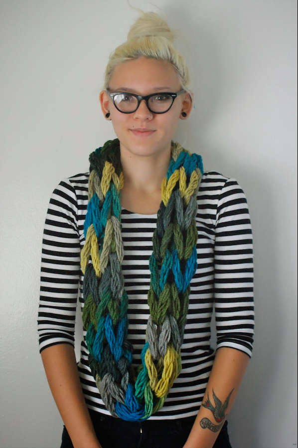 Arm Knit Infinity Scarf Tutorial Cute Diy Projects