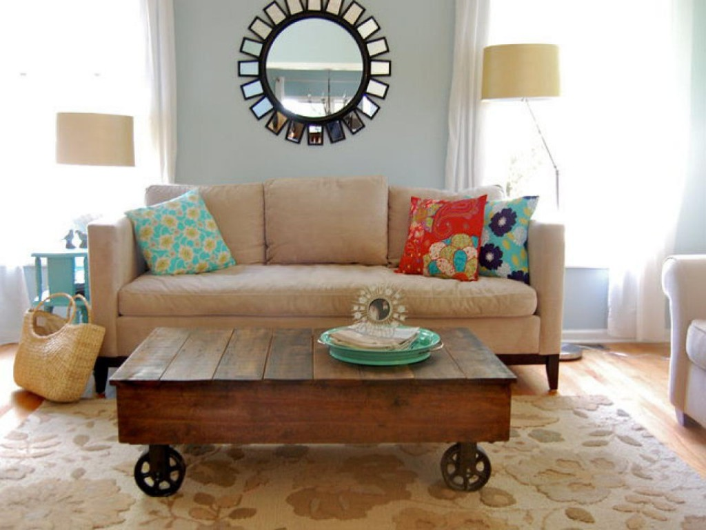 A DIY Coffee Table 40  Inspiring Living Room Decorating Ideas Cute Projects