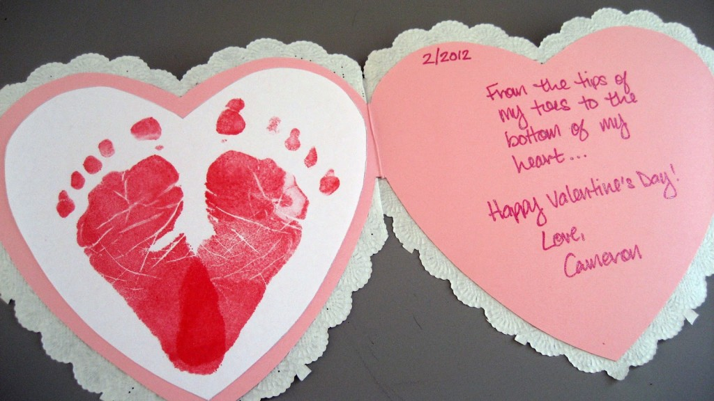 4 Baby Footprints Heart Card