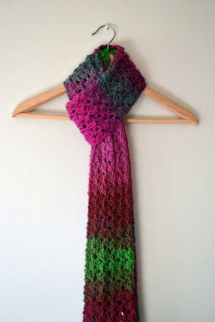 Crocheting Scarves : Crochet in Color - Isar Scarf and Puff Stitch Scarf