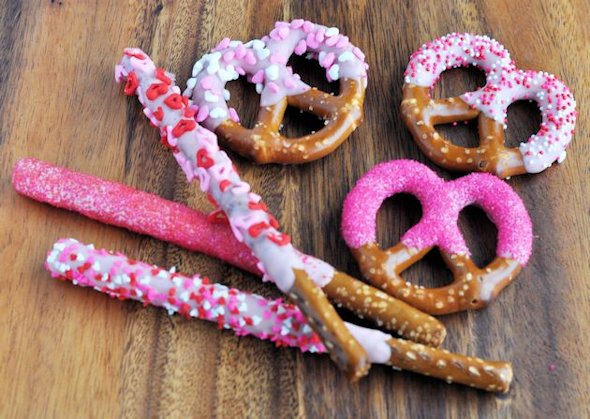 Dipped and decorated pretzels