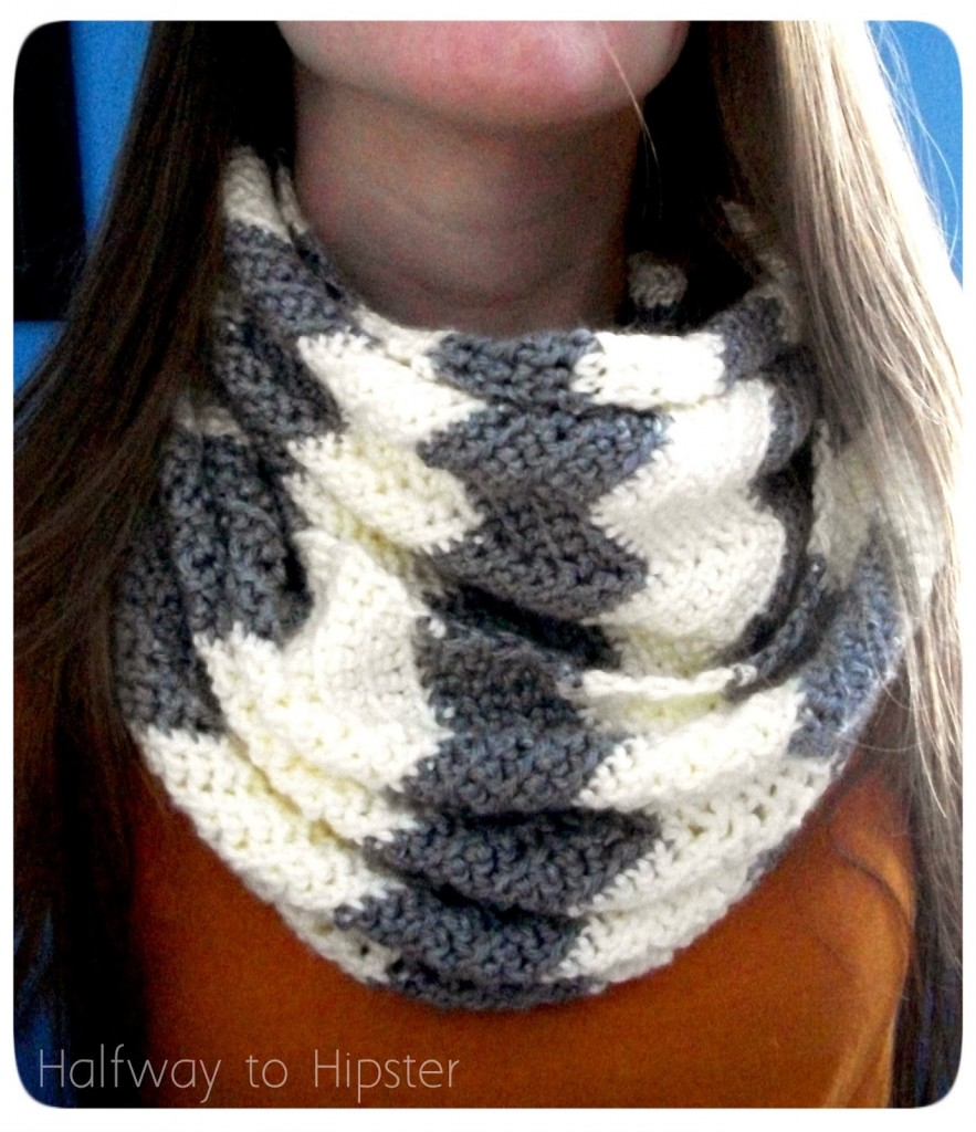 These 20 free and easy crochet scarf patterns will blow your mind free chevron scarf pattern bankloansurffo Choice Image