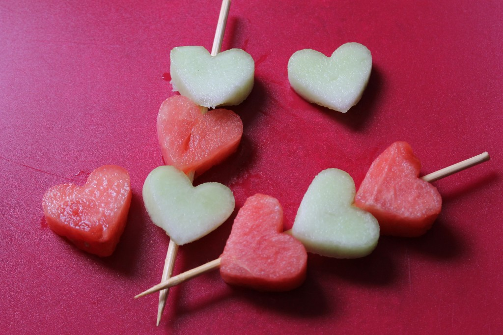 6 fruit kabobs - Homemade Valentine Treats