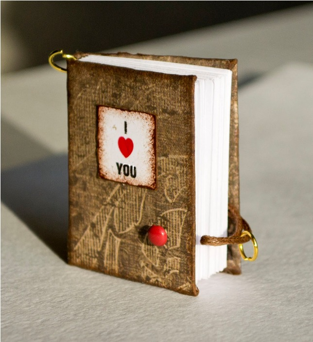 4 Miniature Valentine S Notebooks