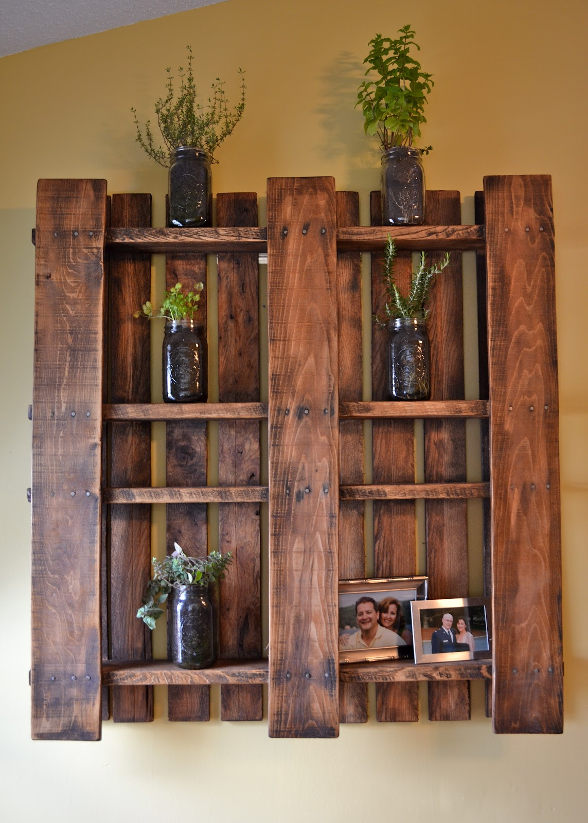 5  Pallet Love. 25  Easy to Make DIY Vintage Decor Ideas   Cute DIY Projects