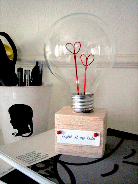 Valentine's light bulb