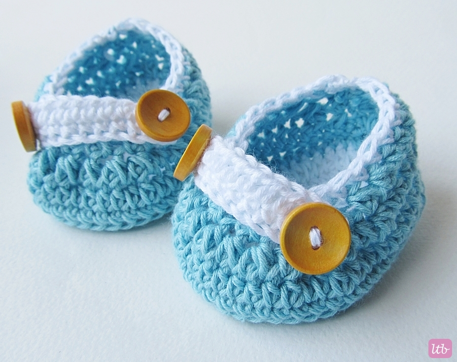 30  Crochet Baby Booties Ideas For Your Little Prince Or Princess ...