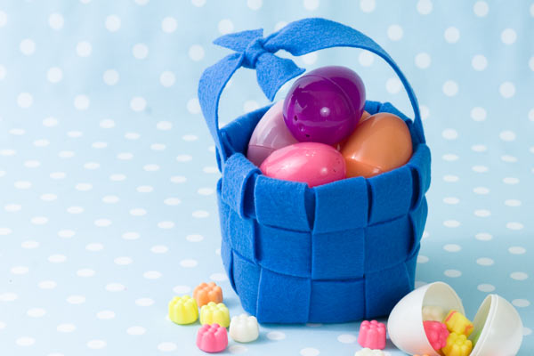 60 diy easter basket ideas for 2017 diy easter basket for the big egg hunt negle Choice Image