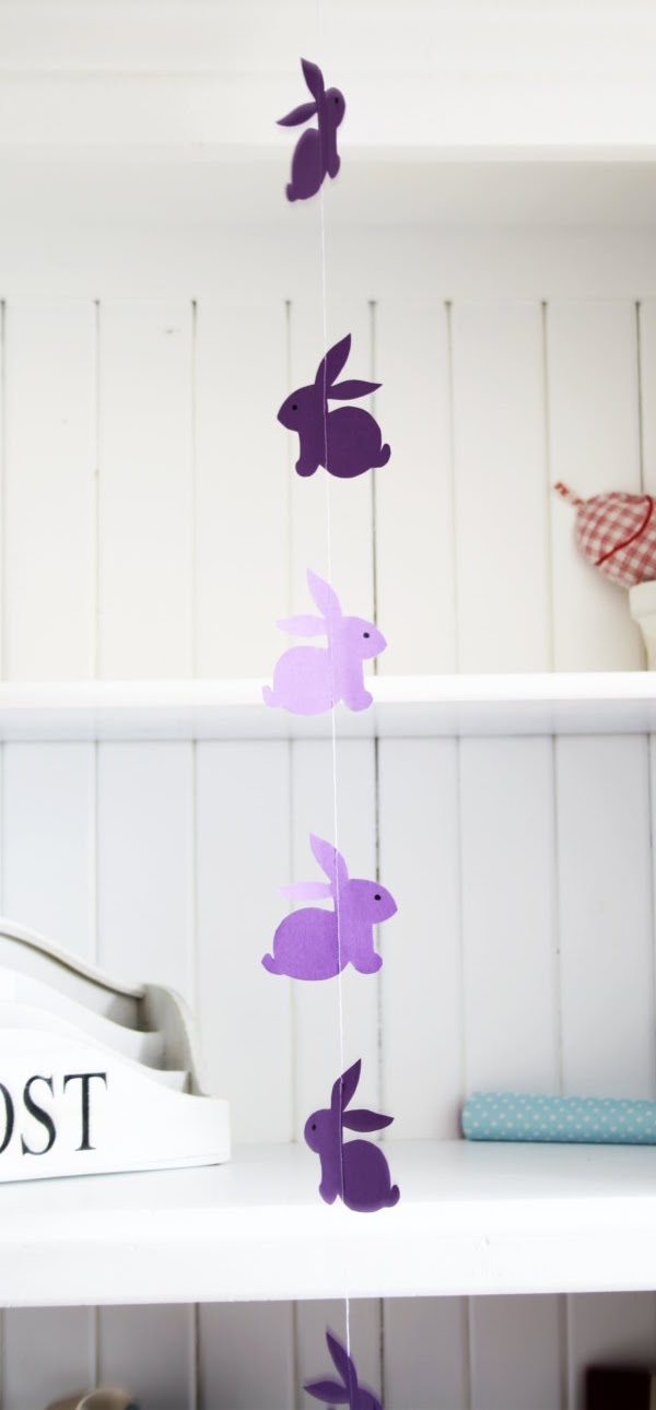 DIY Rabbits On A String