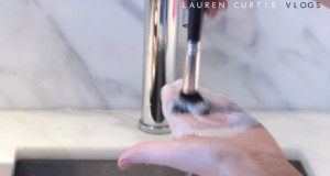 How To Clean Your Makeup Brushes Like A Professional Makeup Artist!