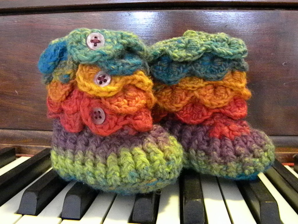 38f7ab3f891fe 30+ Crochet Baby Booties Ideas For Your Little Prince Or Princess ...