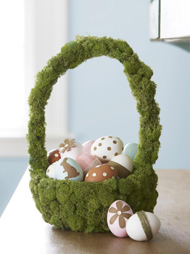Moss-Based Easter Basket