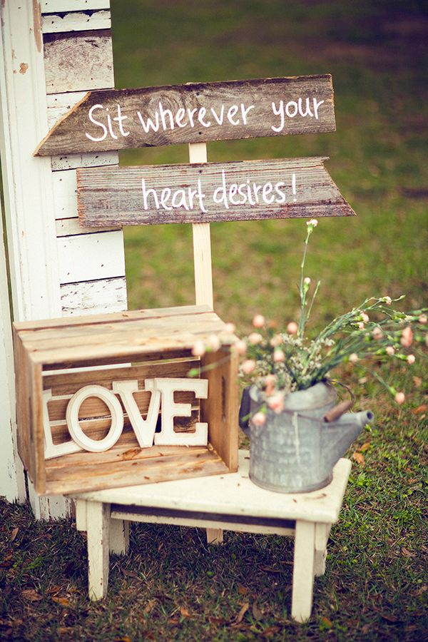 Shine on your wedding day with these breath taking rustic wedding rustic dcor idea junglespirit Gallery