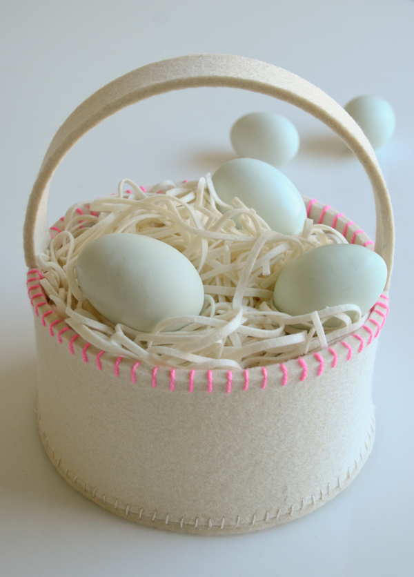 Simple Felt Easter Basket
