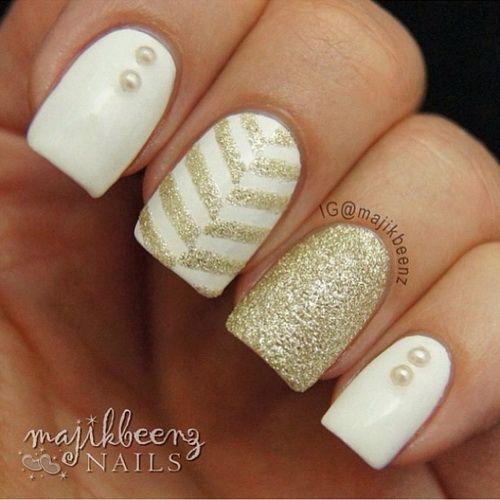 White and Gold Classy Nail Design