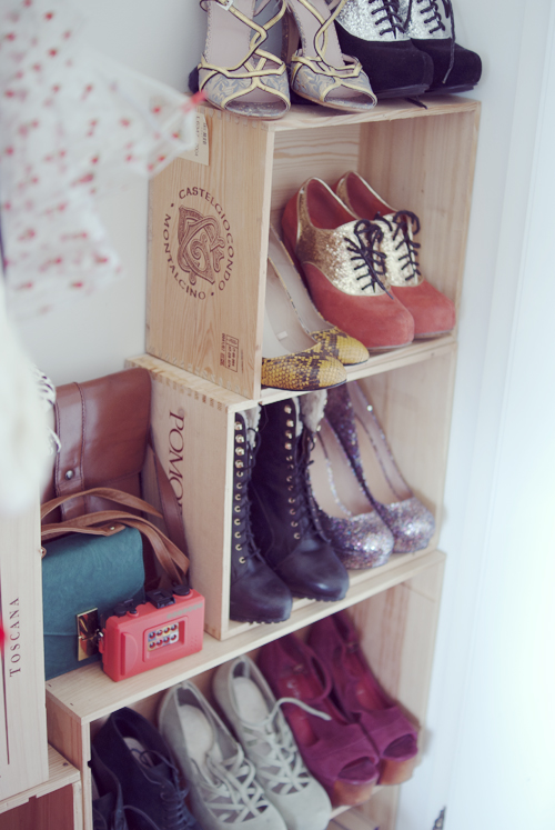 Easy DIY Shoe Shelf