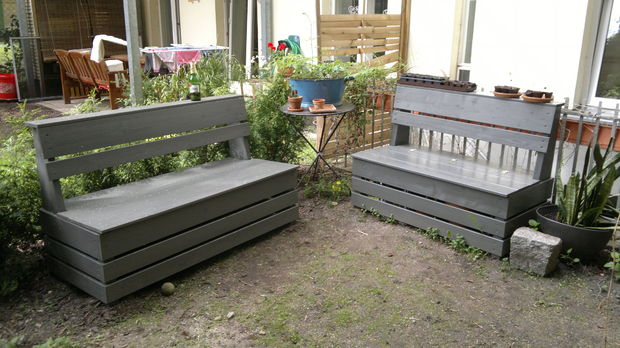 Easy Garden Storage Bench