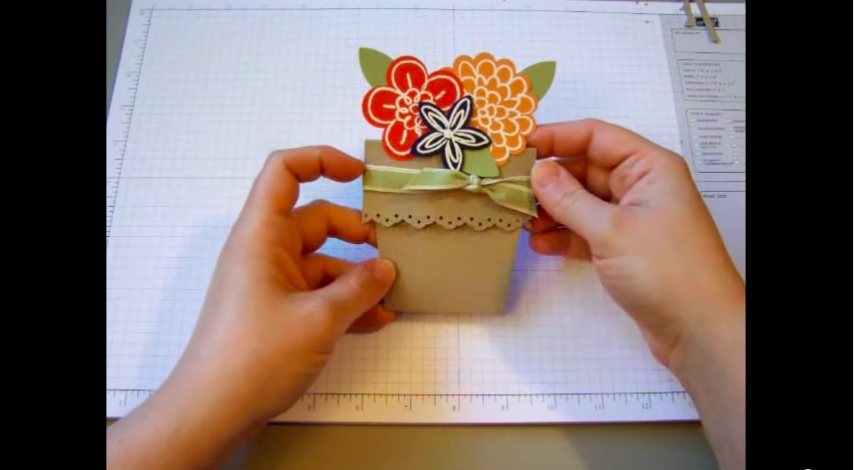 30 cute and creative diy mothers day cards every child can make flower pot card video tutorial mightylinksfo