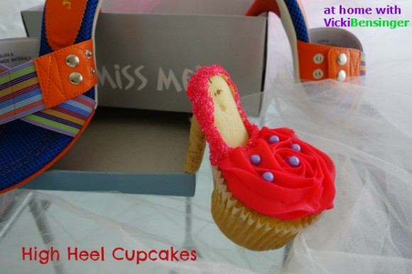 Rose-Shaped Stiletto Cupcakes