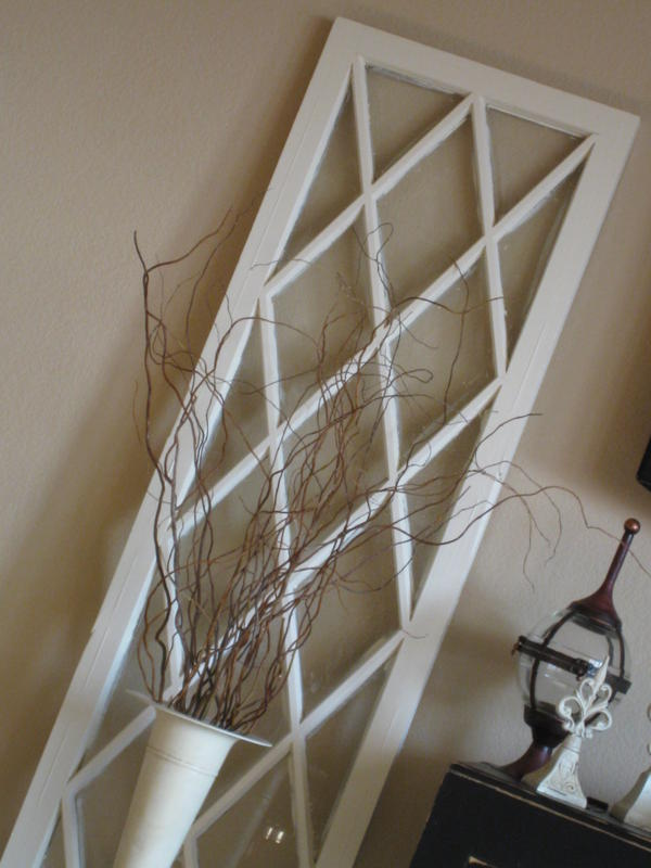 30 diy craft projects using old vintage windows page 2 for Using old windows as wall decor