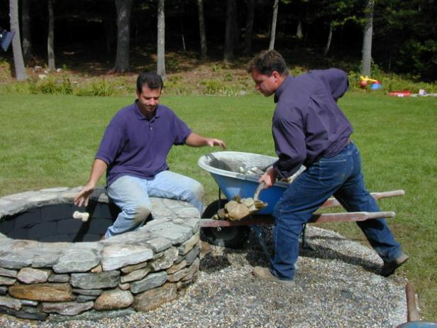 Stay warm and cozy with these 35 diy fire pit tutorials for Build my own fire pit