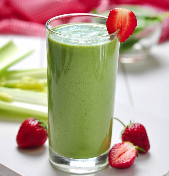 Green Strawberry And Banana Smoothie