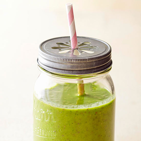 Kiwi And Pineapple Smoothies