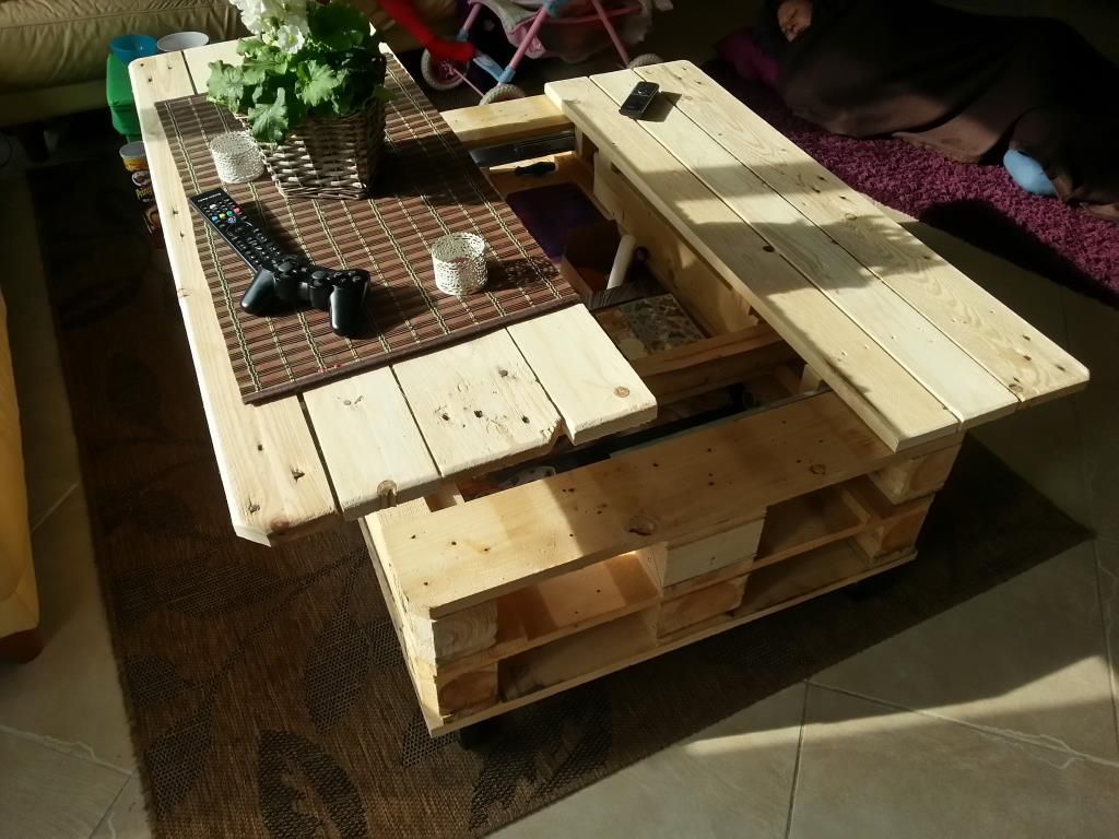 Multifunction Pallet Table