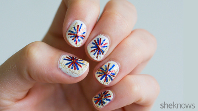 20 amazing patriotic nail designs for the 4th of july cute diy 4th of july fireworks nail design prinsesfo Choice Image