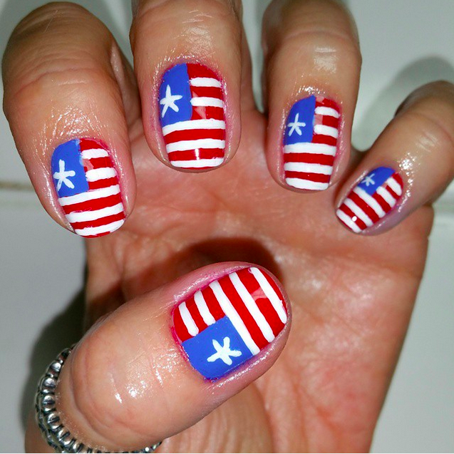 20 amazing patriotic nail designs for the 4th of july cute diy uniform 4th of july nail art prinsesfo Image collections