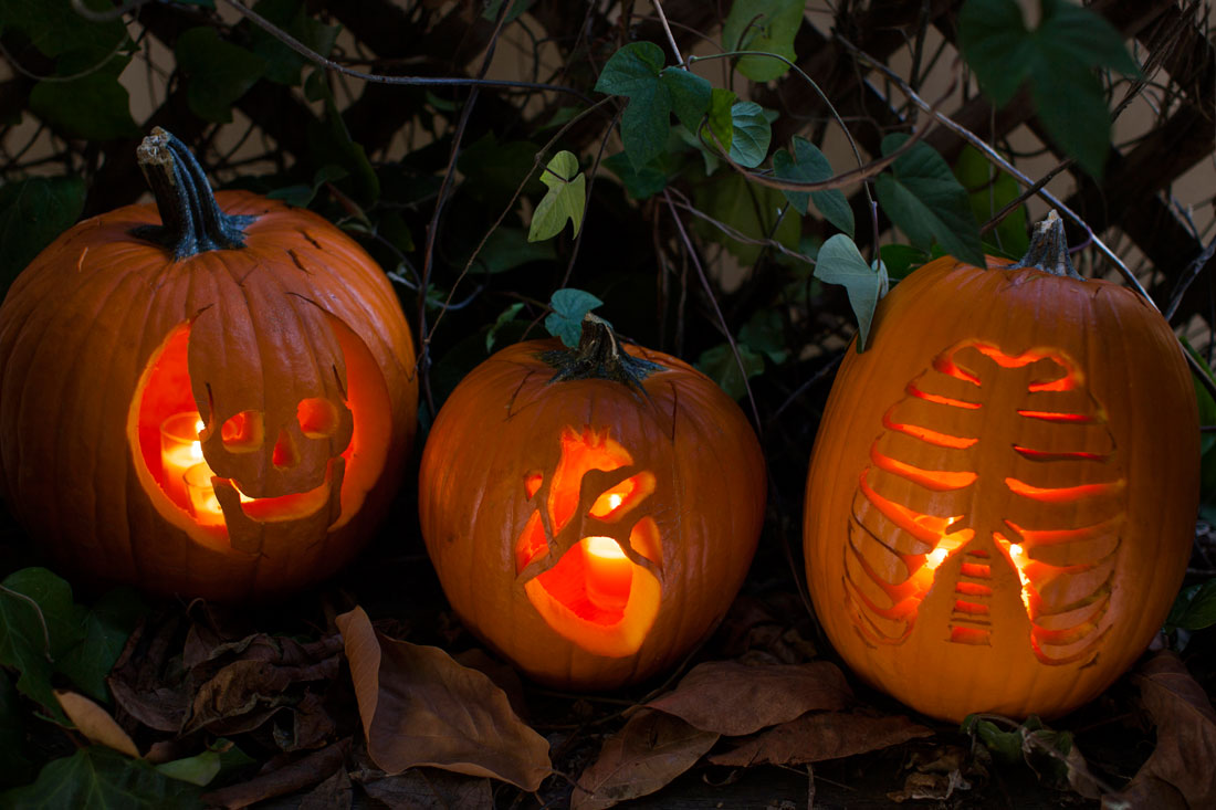 60 Easy, Cool DIY Pumpkin Carving Ideas for Halloween 2018