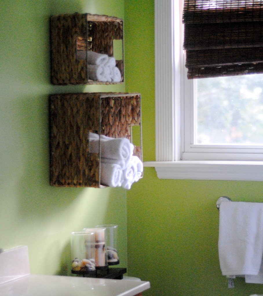 DIY Bathroom Towel Storage In Under 5 Minutes