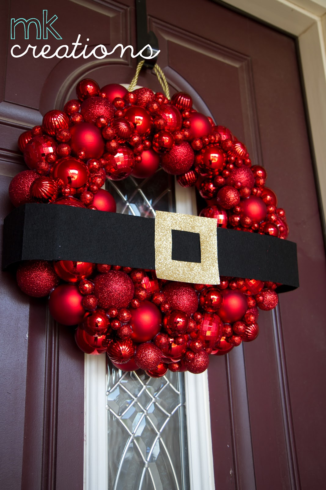 39 breathtaking diy christmas door decorations in 2015. Black Bedroom Furniture Sets. Home Design Ideas