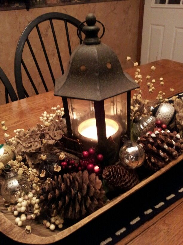 vintage themed christmas table centerpiece