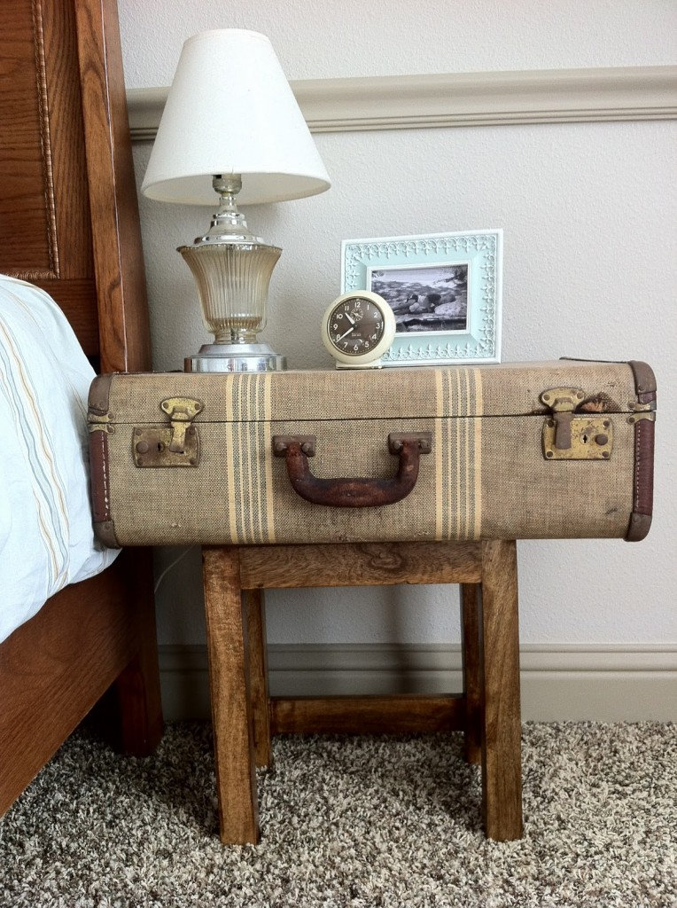 25 Incredible Ideas To Upcycle An Old Suitcase Almost Effortlessly ...