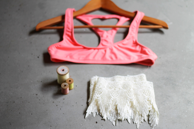 e9354e5859b Reinvent Your Wardrobe With these Gorgeous DIY Crop Tops for Summer 2017