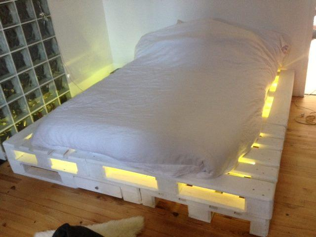 Pallet Bed With Lights 20 best diy pallet bed projects pretty enough to take your breath