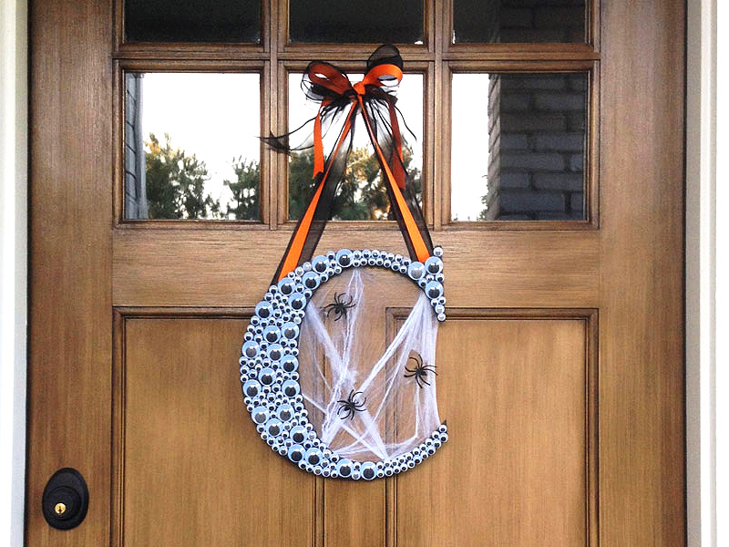 Creepy Halloween Googly Eye Monogram Wreath
