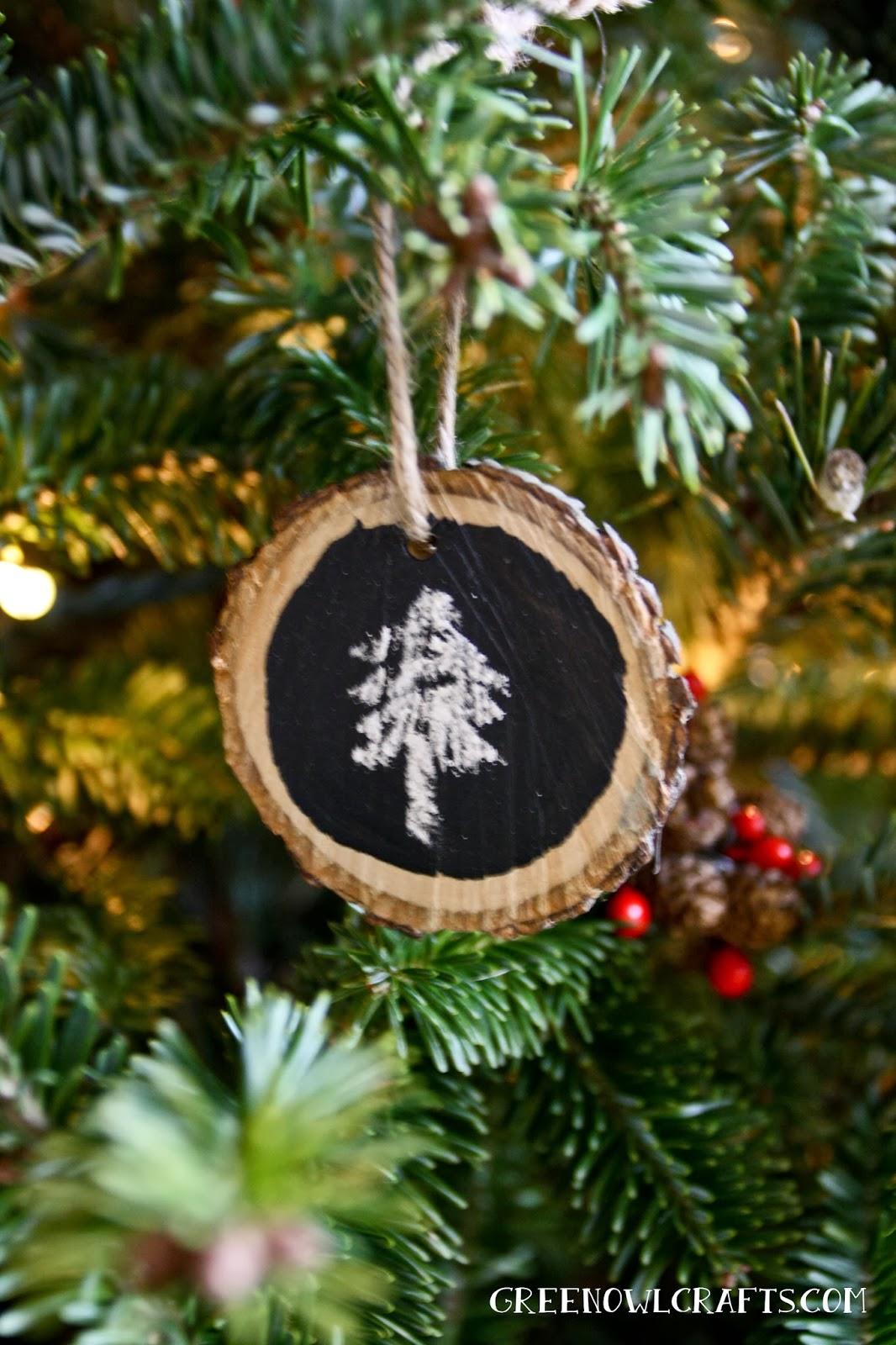 Diy Wood Medallion Chalkboard Christmas Ornament Cute Diy