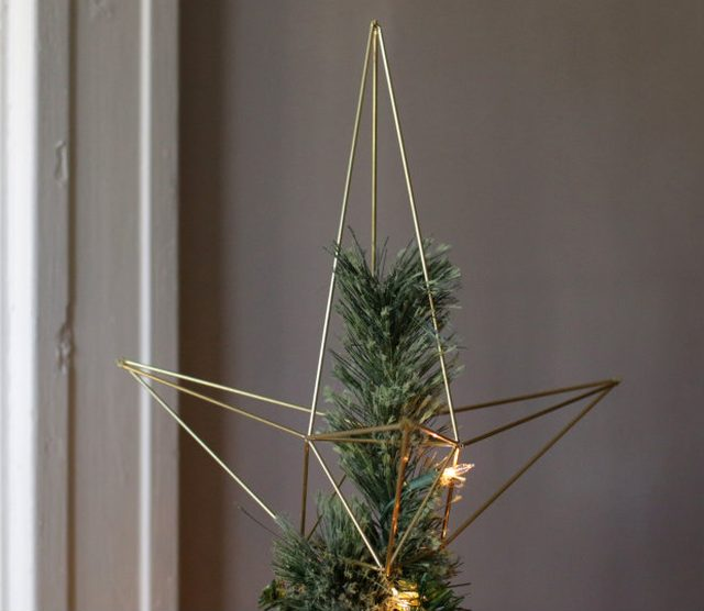 Transform Your Christmas Tree Into A Modern Spectacle With This Geometric Star Topper