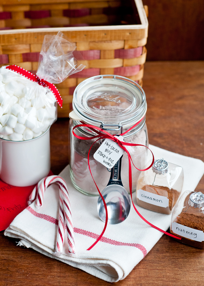 DIY Hot Cocoa Mix Gift Basket