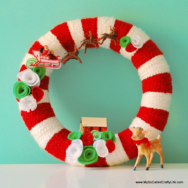 DIY Retro Christmas Yarn Wreath