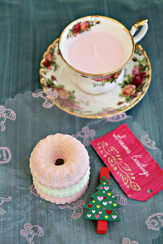 DIY Scented candles in vintage tea cups